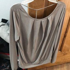 Gray Buckle open back long sleeve